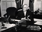 harry-truman-buck-stops-here.jpg